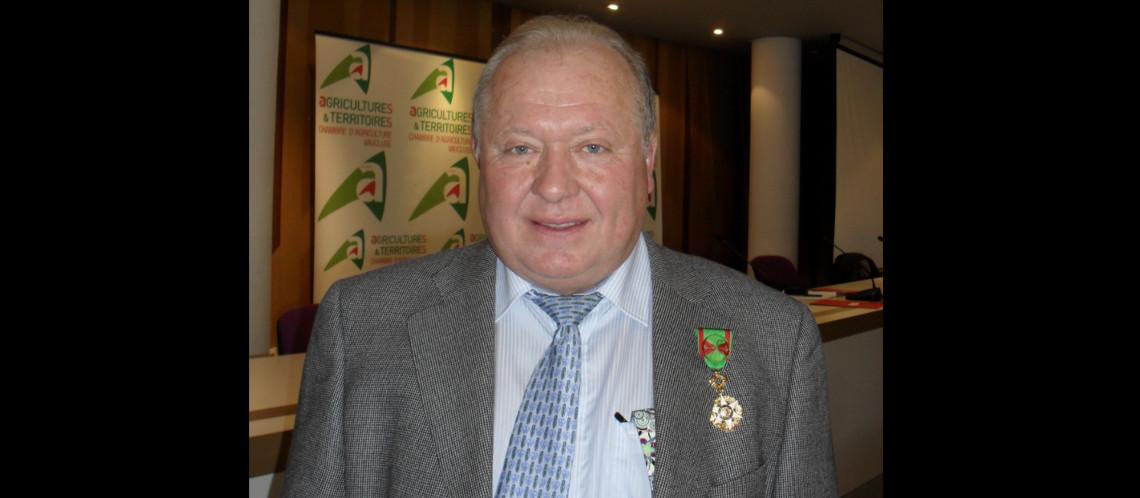 André Boyer, nougatier à Sault, officier du Mérite Agricole